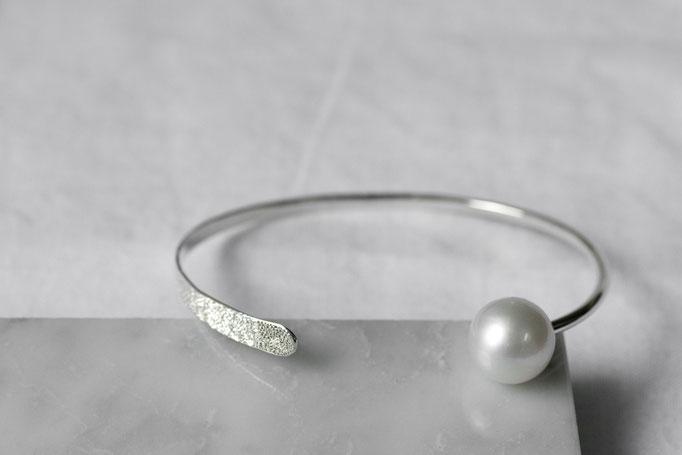 bangle sv925 x southseas pearl x diamond  ¥36,000