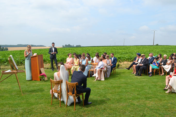 ceremonie laique dans le jardin