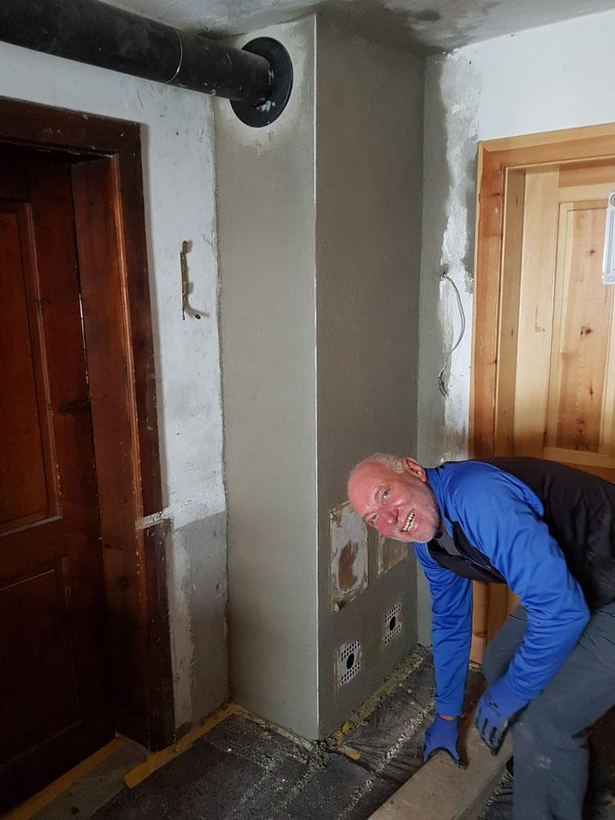Franz beim Saubermachen