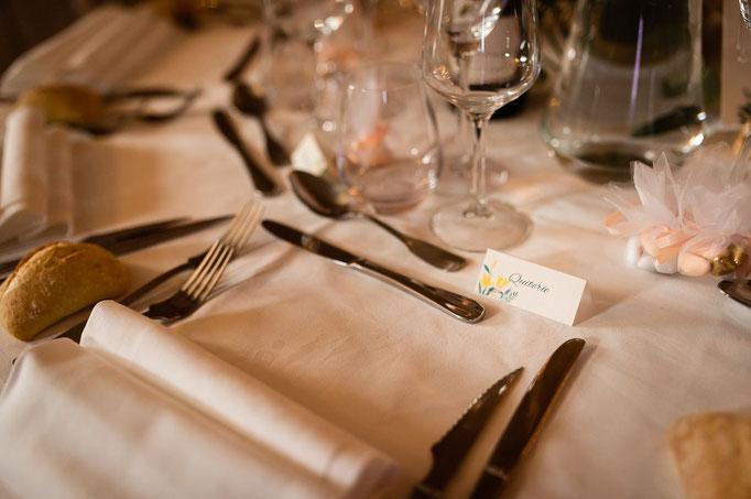 Table dressée pour le mariage