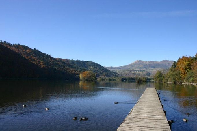Le lac Chambon. (c)Annesov