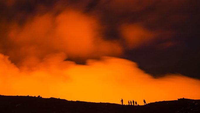 Fotografieren am Kraterrand des Vulkans Marum Insel Ambrym - Vanuatu/Photographing on the crater rim of the volcano Marum Island Ambrym - Vanuatu © martinsieringphotography
