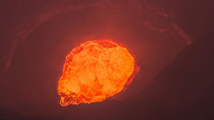Lavasee des Vulkans Marum Insel Ambrym - Vanuatu/Lava lake of the volcano Marum Island Ambrym - Vanuatu © martinsieringphotography