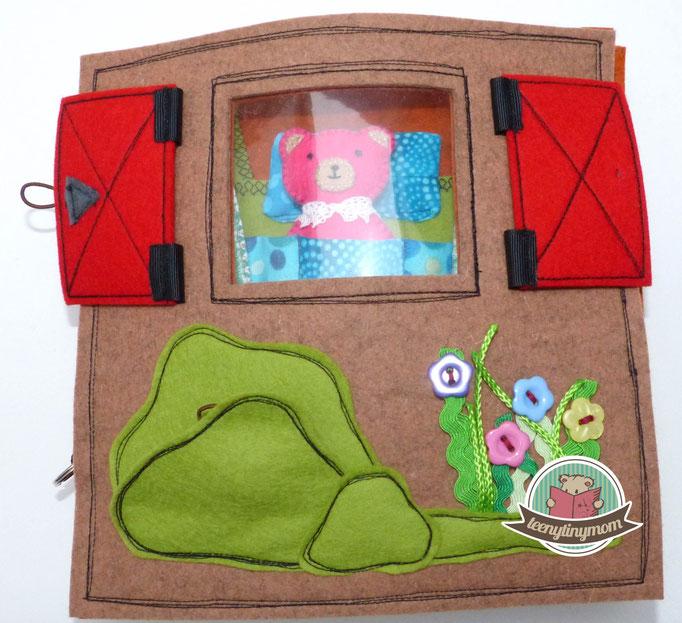 Fenster im Teddyhaus