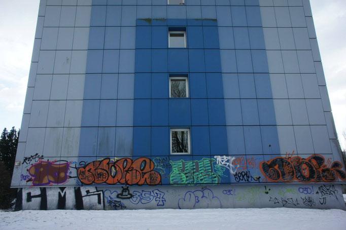 Wohnungsbau Berlin Studentenheime Skyline Graffiti Fassadenmaler