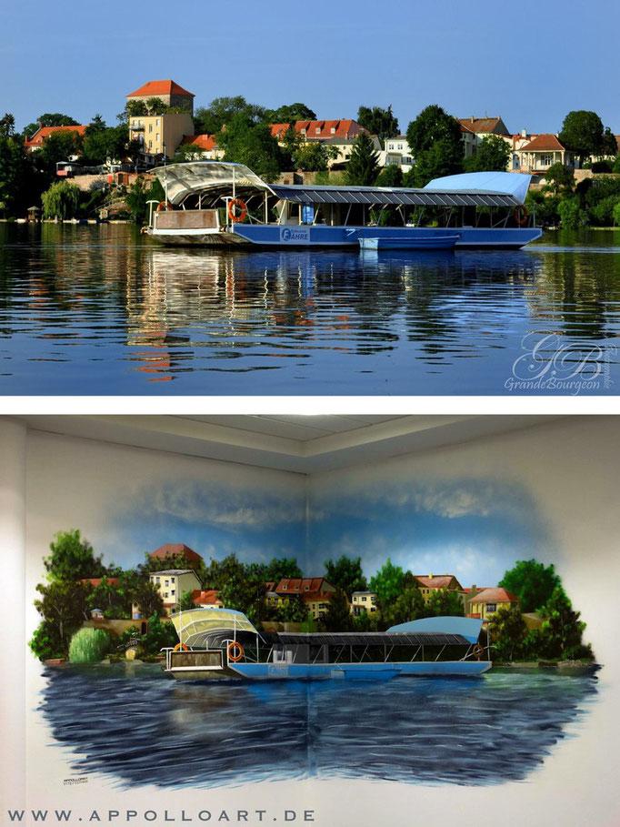 orginal Foto und unser Airbrushbild auf Fotorealismus auf die Wand vom Konferenzraum gemalt