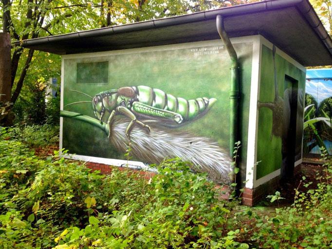 Makro Zeichnung auf Stromkasten anti Graffitischutz im Stadtbild