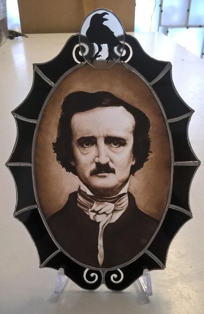 Portrait d'Edgar Allan Poe, peint à la main sur verre (grisaille)