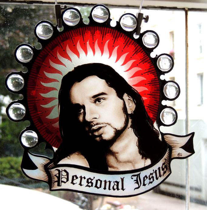 Personnal Jesus, portrait réalisé en peinture sur verre (grisaille), peint à la main. Gravure sur verre plaqué rouge.