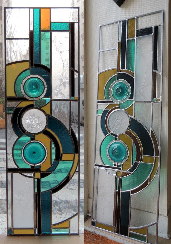 Passiflore, technique du vitrail au plomb et Tiffany (cuivre), les empreintes de passiflore sont réalisées en pâte de verre.