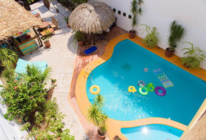 pool, fun, alberca, summer, hostel, water
