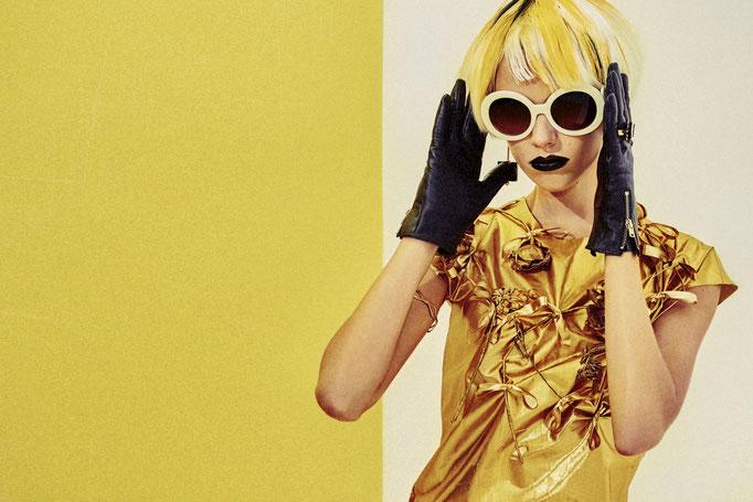 photographer : Hironori Sakunaga        stylist : Saori Yamasaki         hair : Miki Masue        model : Anna.B