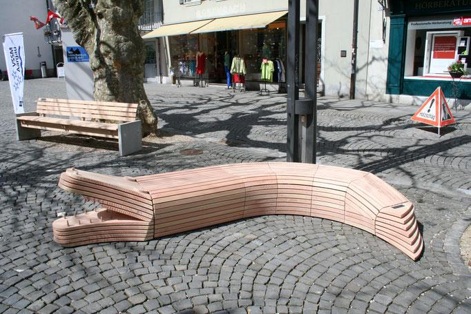 Kreativer Holz - Bank der Schreinerei Vonhuben AG