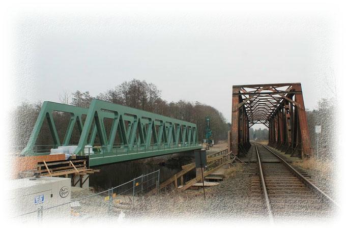 Neue und Alte Eisenbahnbrücke 2017