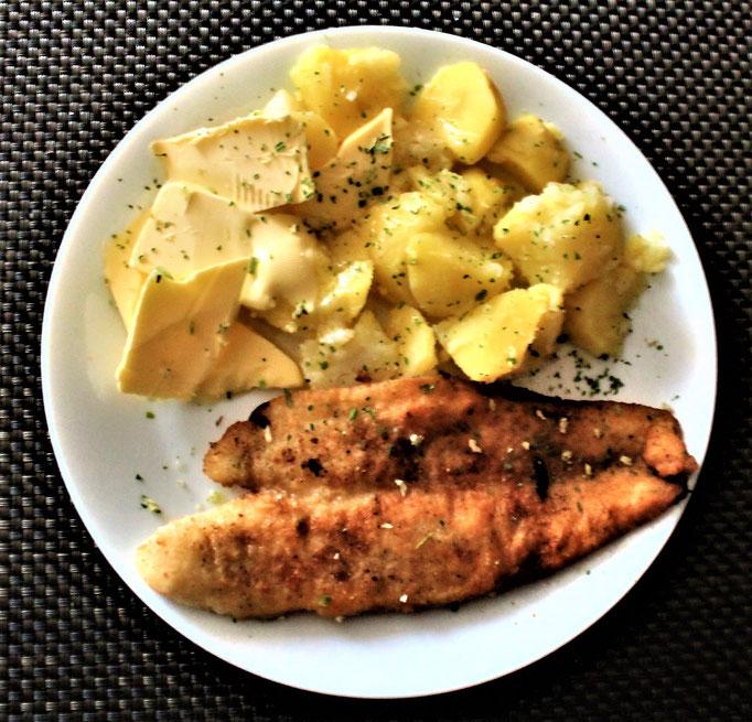 23.12.2020 Pangasiusfilet mit Kartoffeln und Butter