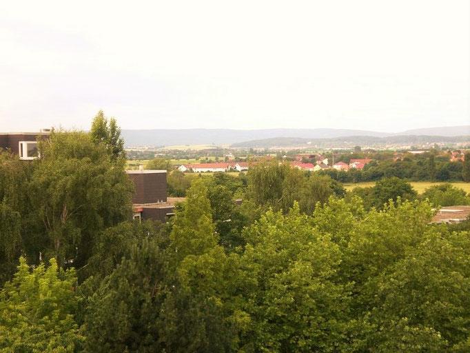 Panoramablick Richtung Gehrdener Berg und Deister