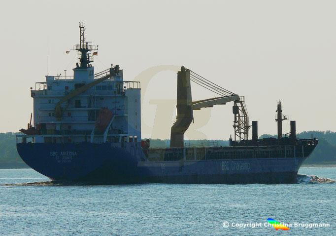 Schwergutfrachter BBC ARIZONA, Elbe 05.09.2018, Bild 7