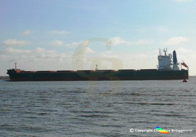 """""""GENEVA QUEEN"""" bei der Reise nach Hamburg auf der Elbe 08.04.2015, Bild 1"""