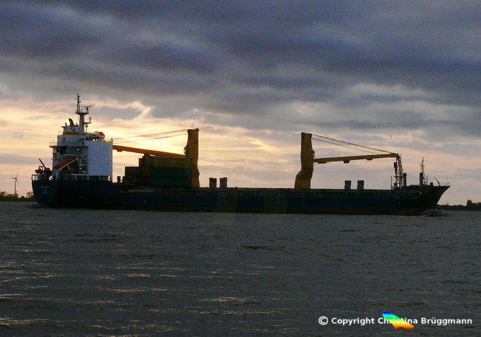 ABB VANESSA auf der Elbe 25.10.2017