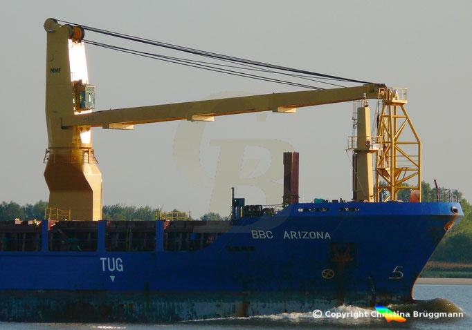 Schwergutfrachter BBC ARIZONA,  150 t NMF Kran, Elbe 05.09.2018, Bild 5