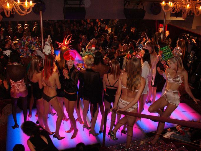 Finale der Philip Treacy Haute Couture Show, Paris 2003