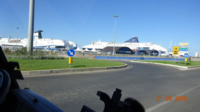 Hafen von Civitaveccia
