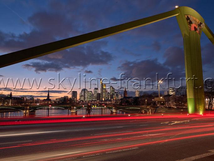 Skyline-Frankfurt-Quer-Neu-014