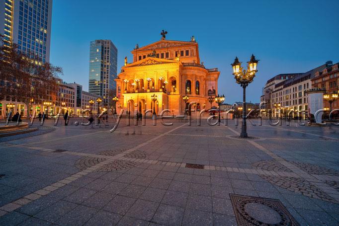Skyline-Frankfurt-Quer-Neu-018