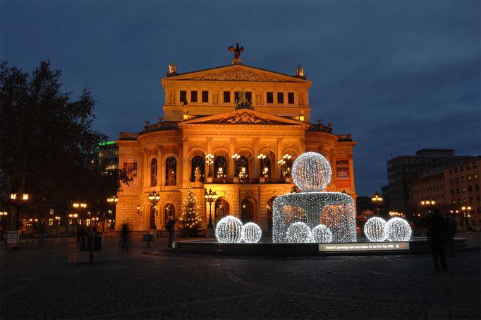 Opernplatz 04