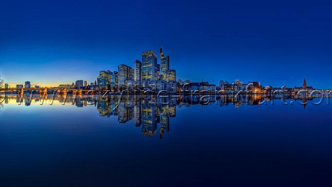 Skyline-Frankfurt-Quer-Neu-023