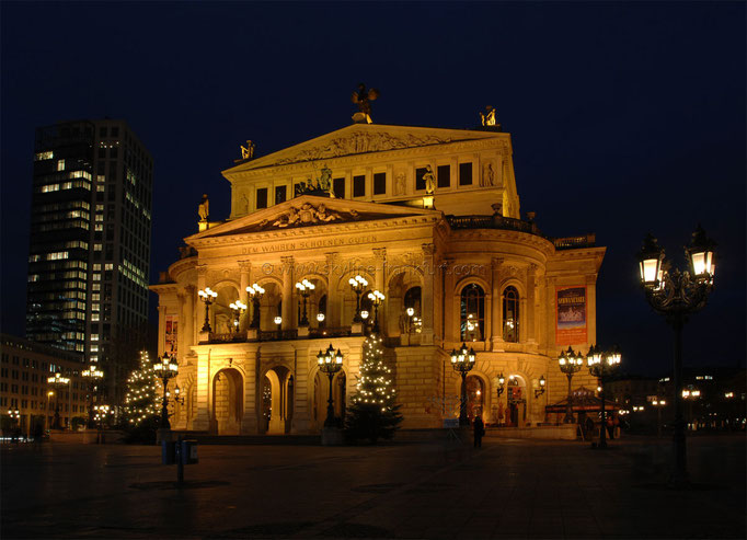 Opernplatz 05