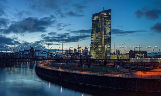 Skyline-Frankfurt-Quer-Neu-006