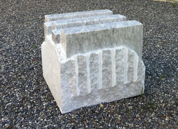 40 x 44 x 38 cm, Cristallina Marmor, Valle Maggia/TI