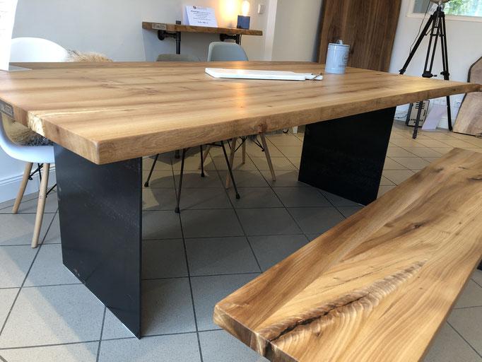 Ulme mit Tischgestell Florenz