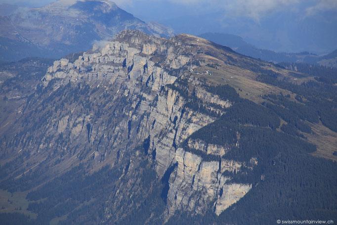 ..und aufs 1950 m hohe Niederhorn