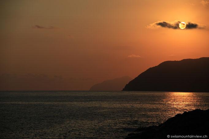 Sonnenuntergang in Deiva Marina