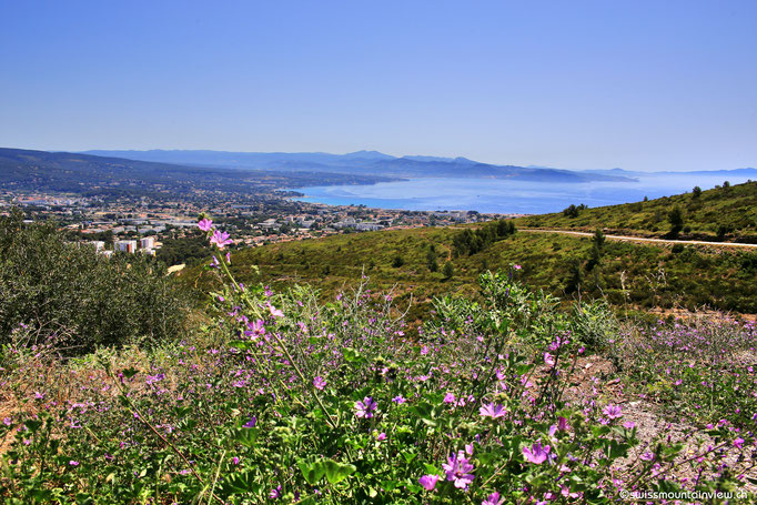 ... und Richtung Osten der Blick auf La Ciotat