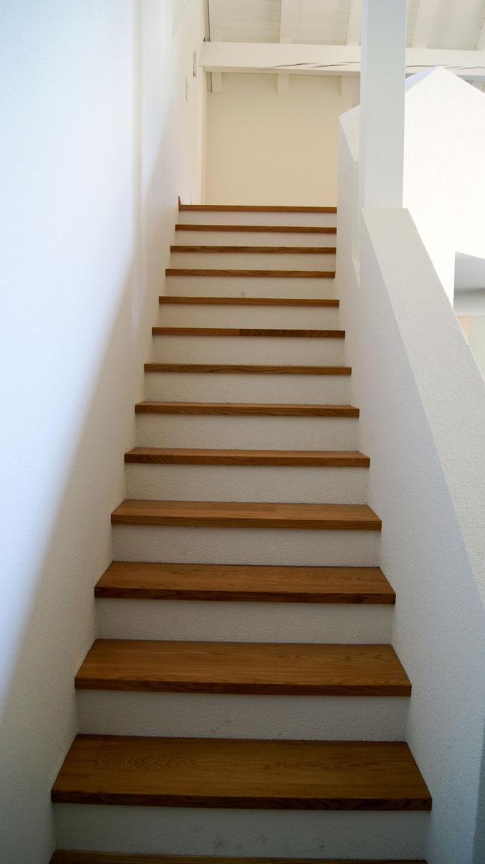 Treppenauftritte in Eiche, geölt