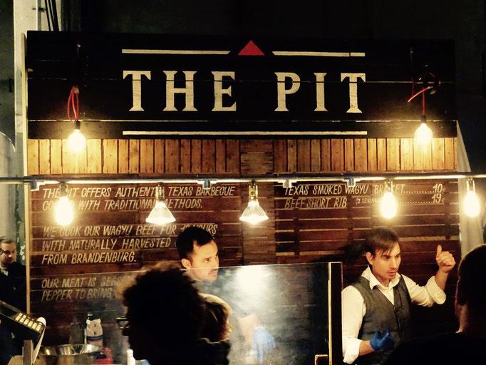 The Pit - frisch aus dem Smoker. Sehr saftig!