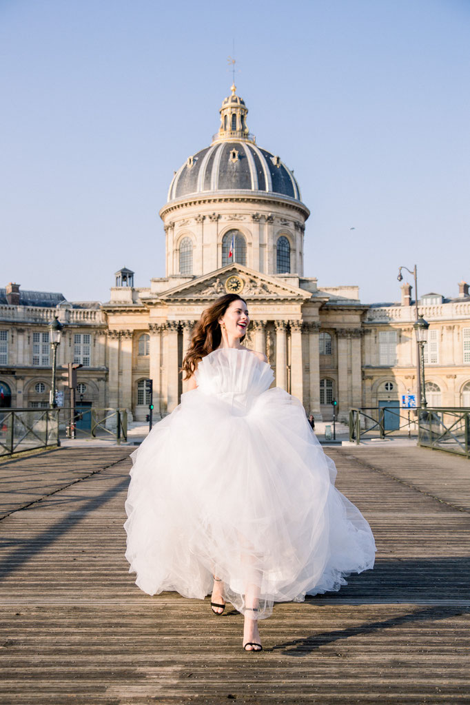 bridal photoshoot in Paris