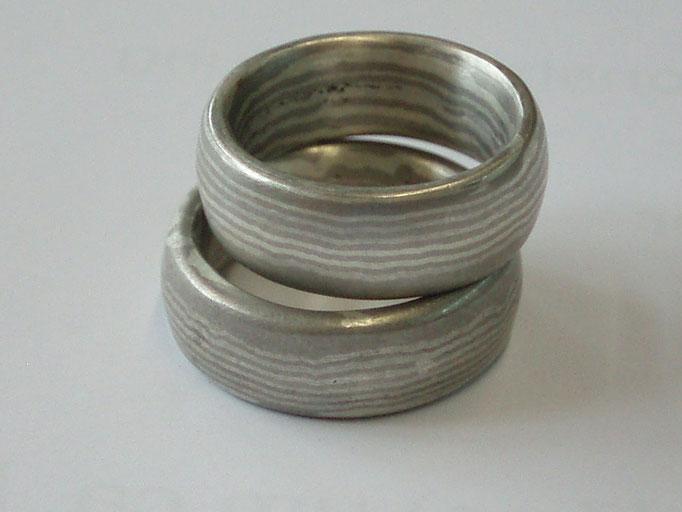 Streifenmuster Silber Palladium