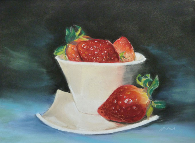"""""""Strawberry Cup"""" Pastell, 22x29cm, (C)D.Saul 2017"""