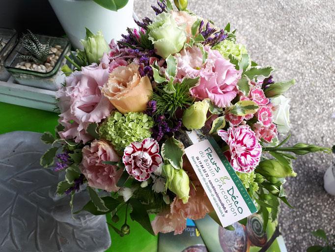 N°) 8 centre de table rose, blanc,bleu,vert
