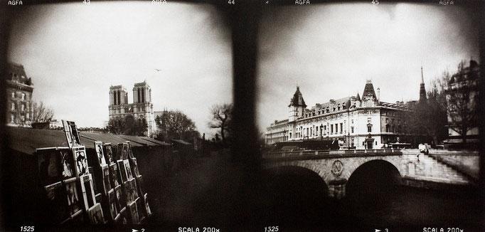 Paris, quais de Seine, 2008, tirage au charbon, bichromie, atelier Fresson, format image 50 × 25 cm, 1/5, © Annick Maroussy