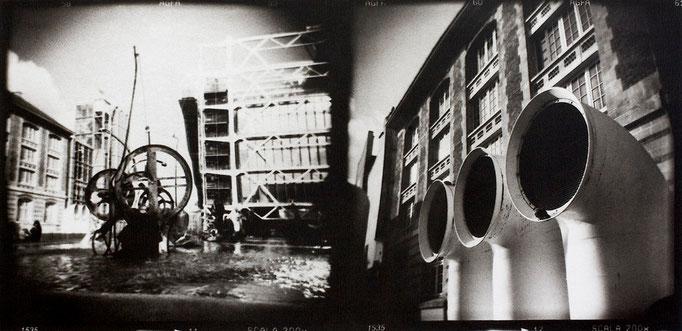 Paris Beaubourg, 2008, tirage au charbon, bichromie, atelier Fresson, format image 50 × 25 cm, 1/5, © Annick Maroussy