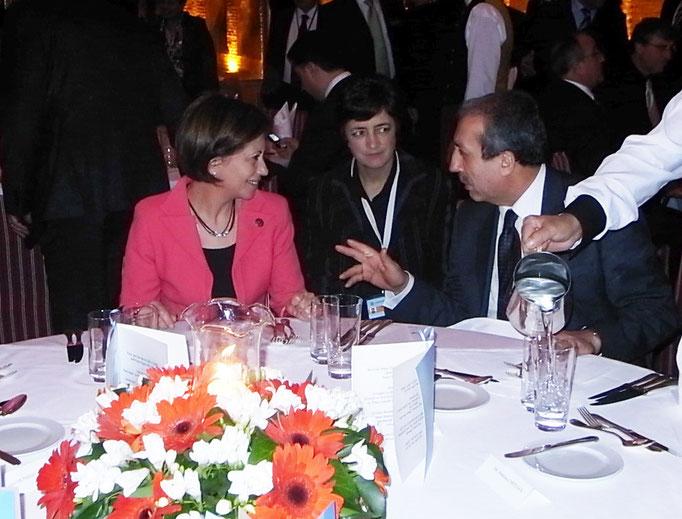 Cena de la reunión de ministros de Agricultura del CIHEAM. Elena Espinosa con su homólogo turco, Estambul 2009