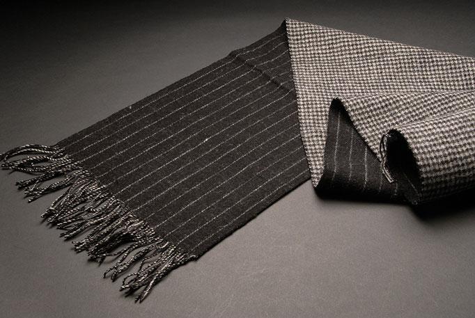 Webschal aus Merino Wolle