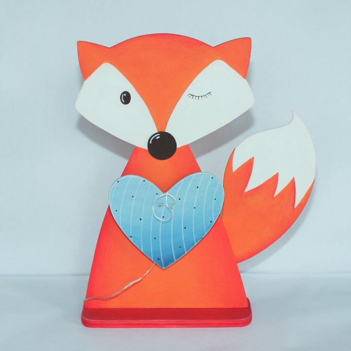 Holzfigur, Fuchs mit LED-Lichterkette