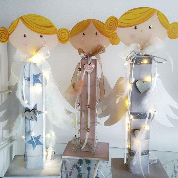 Engelchen mit Lichterkette