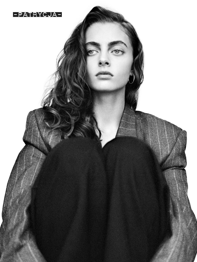 Photographer : Mathieu Rainaud /  Make up : Amelie Moutia / Stylist : Anais Kevorkian / Model : Patrycja Jpiekarska - Elite WorldWide